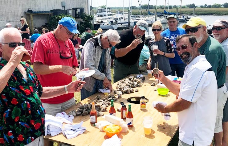 Free marina oyster roasts